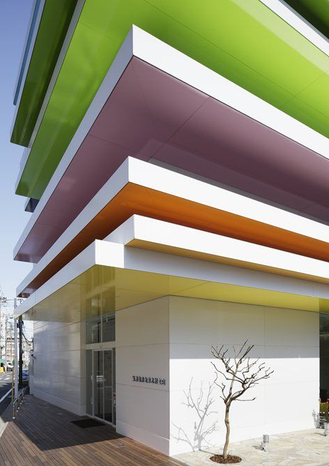 Sugamo Shinkin Bank Шимура филиал, Токио, 2011   Emmanuelle Moureaux  Architecture + Design Design