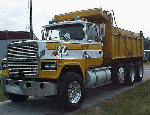 Ford LTL 9000 Dump