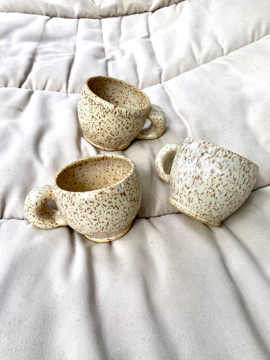 #potteryglazes #handmademug #wheelthrown #contemporaryceramic