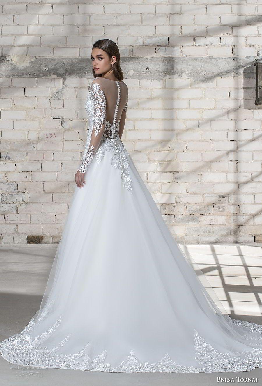 Hochzeitskleid Ausschnitt Tief  Friseur
