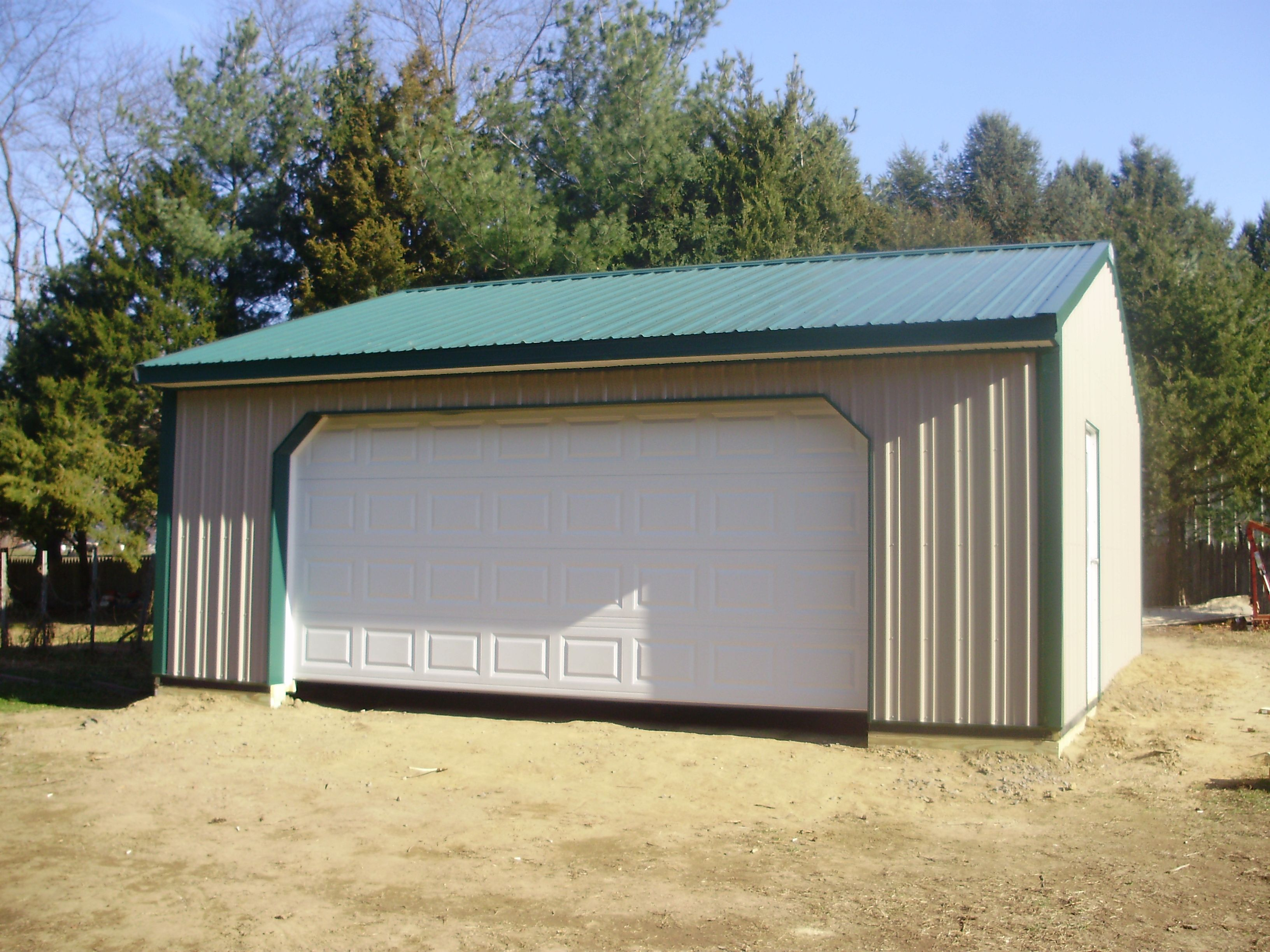 """Building Dimensions: 24' W x 24' L x 8 ' 4"""" H (ID# 269)  Visit: http://pioneerpolebuildings.com/portfolio/project/24-w-x-24-l-x-84-h-id269-total-cost-8153  Like Us on Facebook! www.facebook.com/... Call: 888-448-2505 for any questions!"""