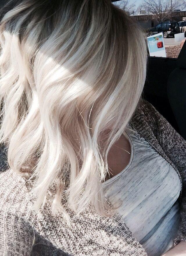 Ash Blond Base Lo Lites Platinum Blonde Hair Color Hair Styles Platinum Blonde Hair