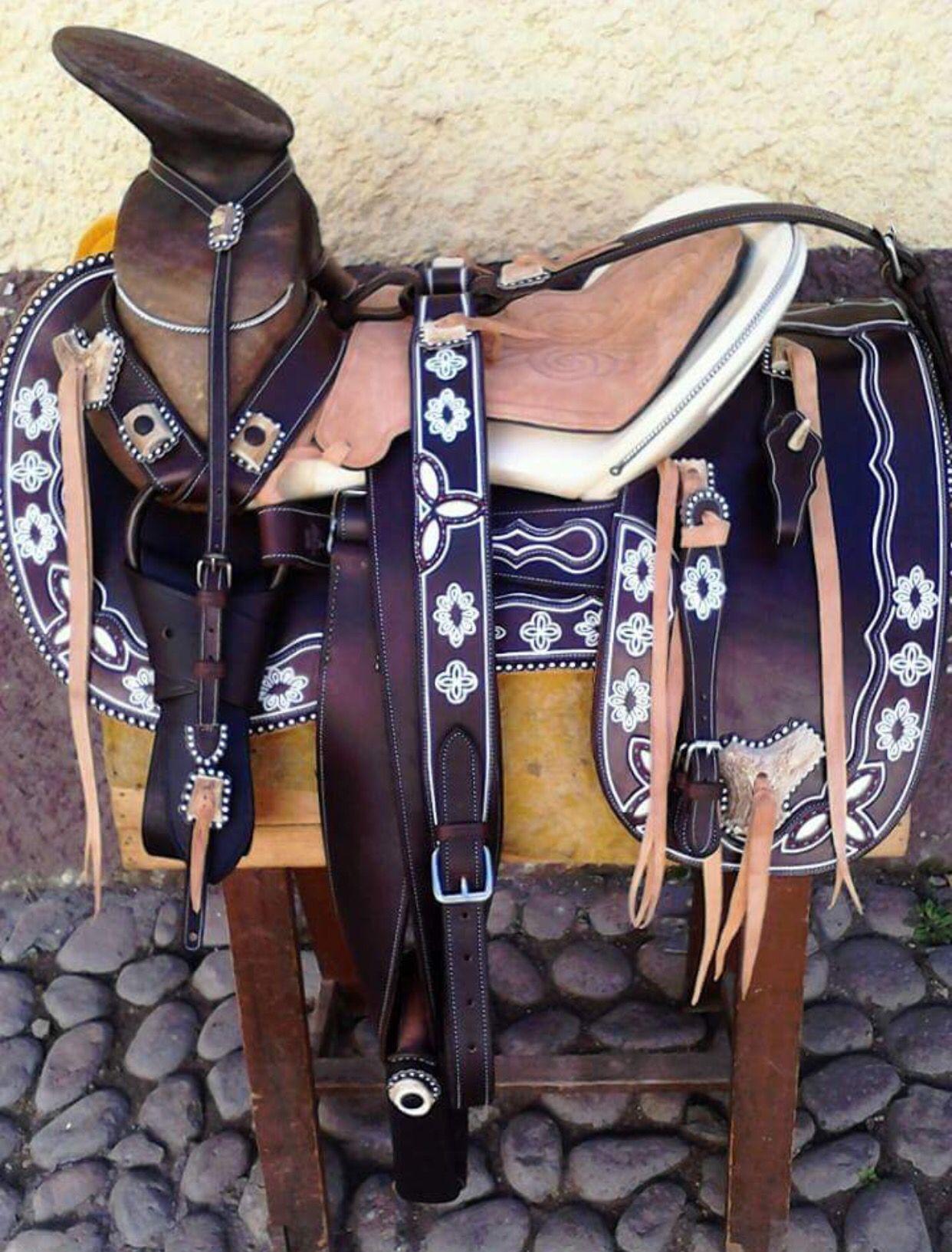 Silla de montar mexico mexican culture pinterest for Sillas para montar
