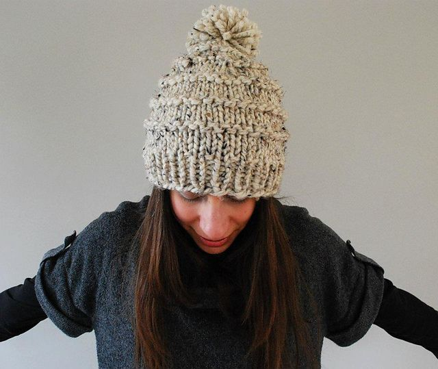 c7bf8baed02 Make a chunky knitted wool hat with a pom pom. This free knitting pattern  is an easy make