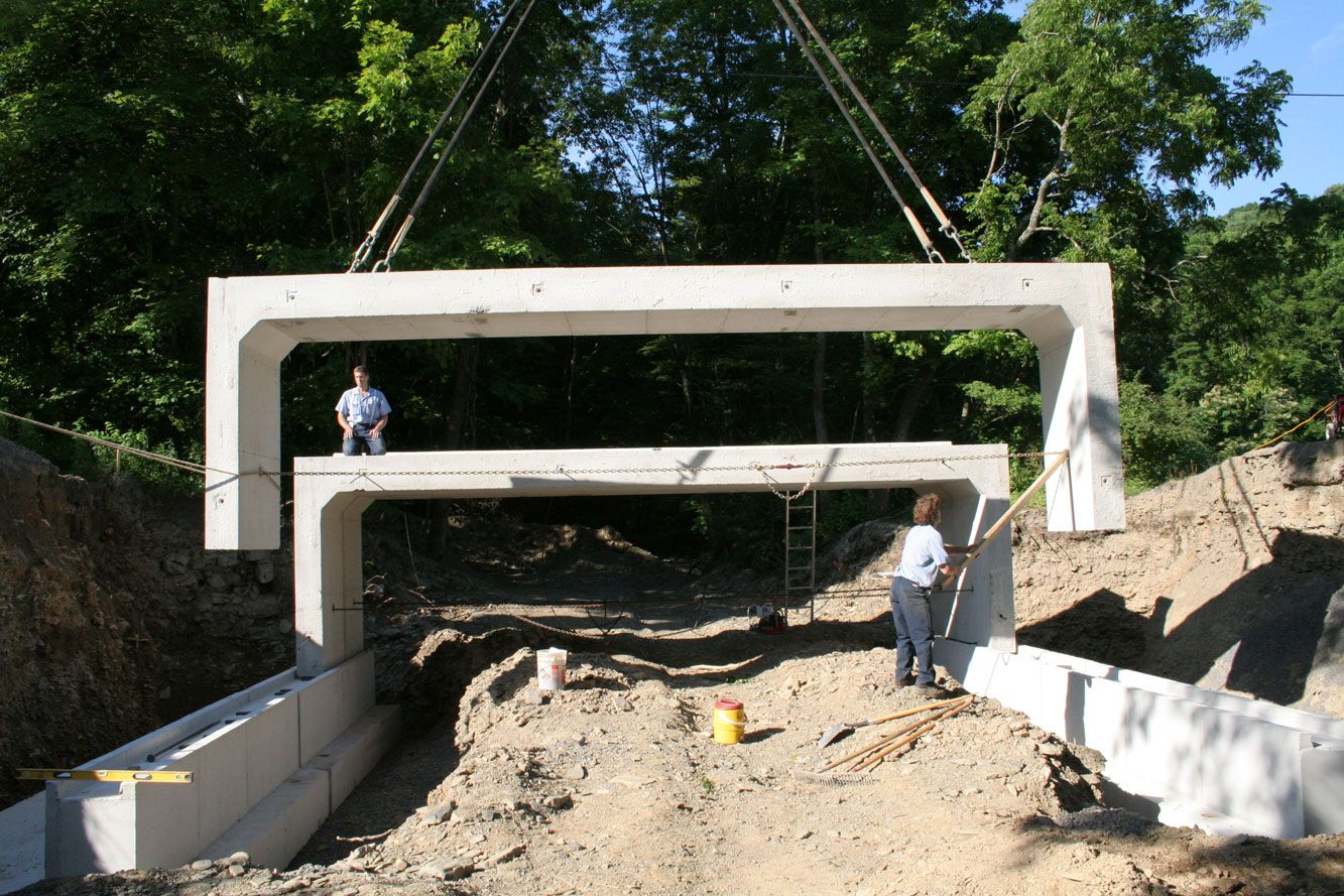 Three sided concrete box culverts culvert pinterest for Precast concrete home