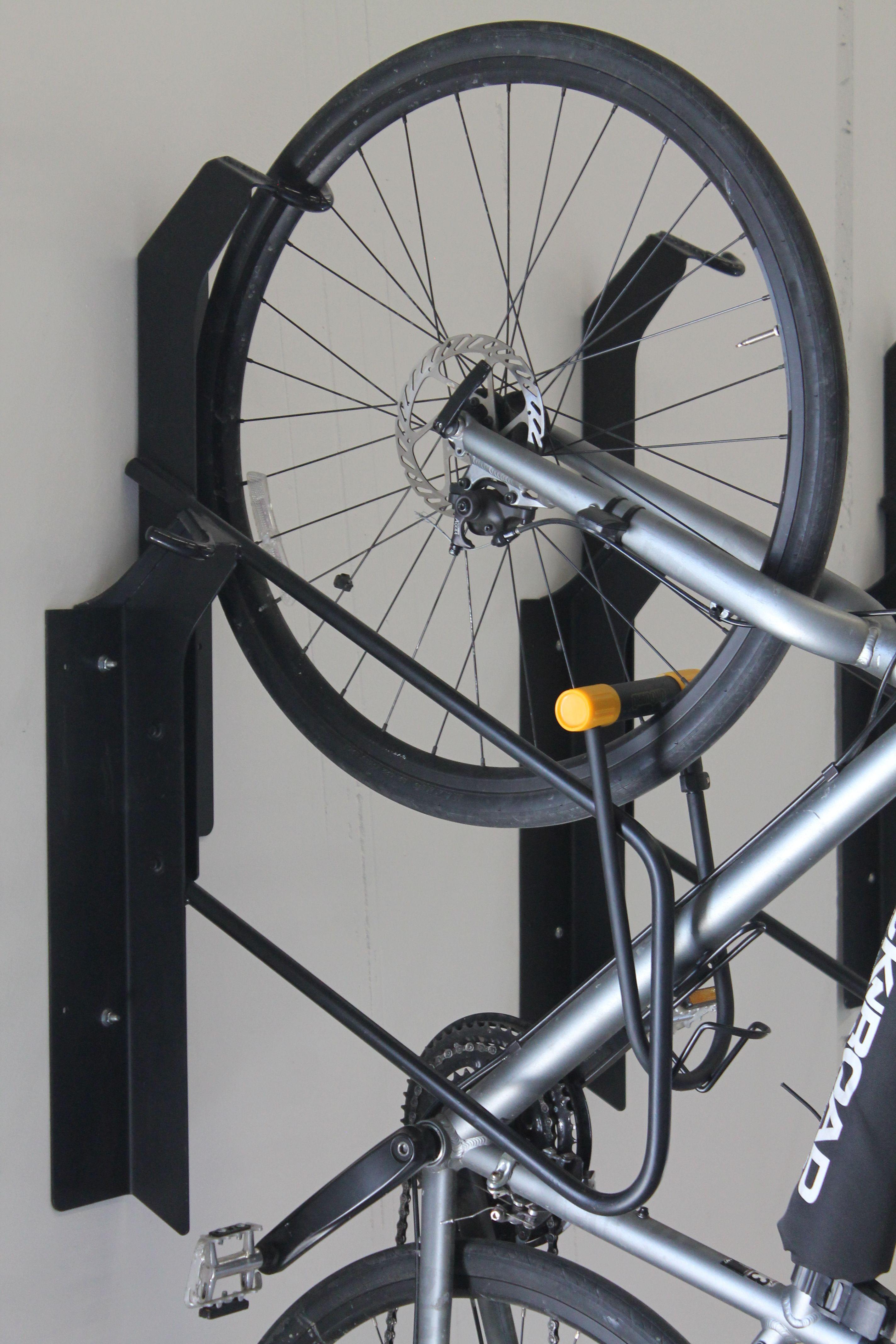 this commercial vertical locking bike rack the vr2 offset. Black Bedroom Furniture Sets. Home Design Ideas