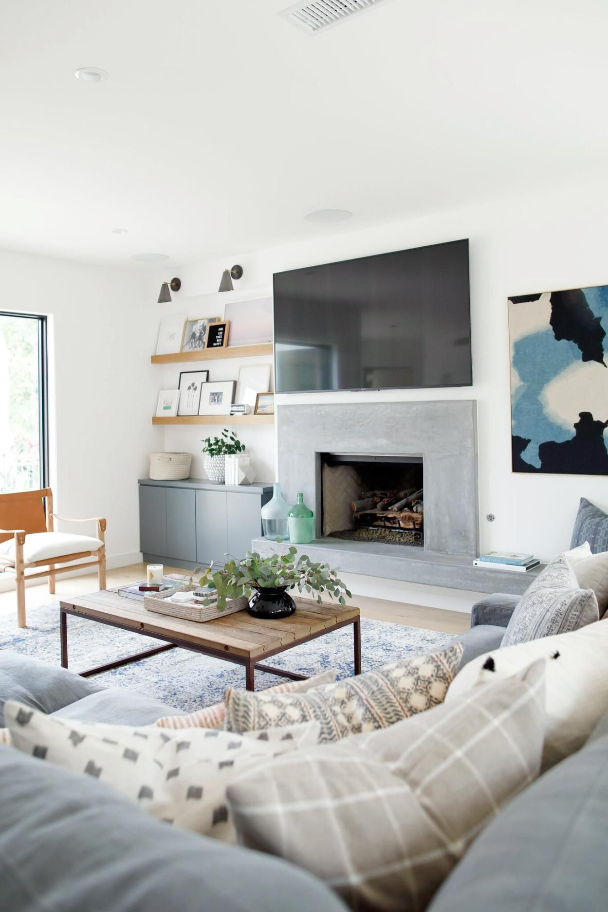 Rangeview Reno Pt.2: Living Room | Coastal living rooms, Studio ...