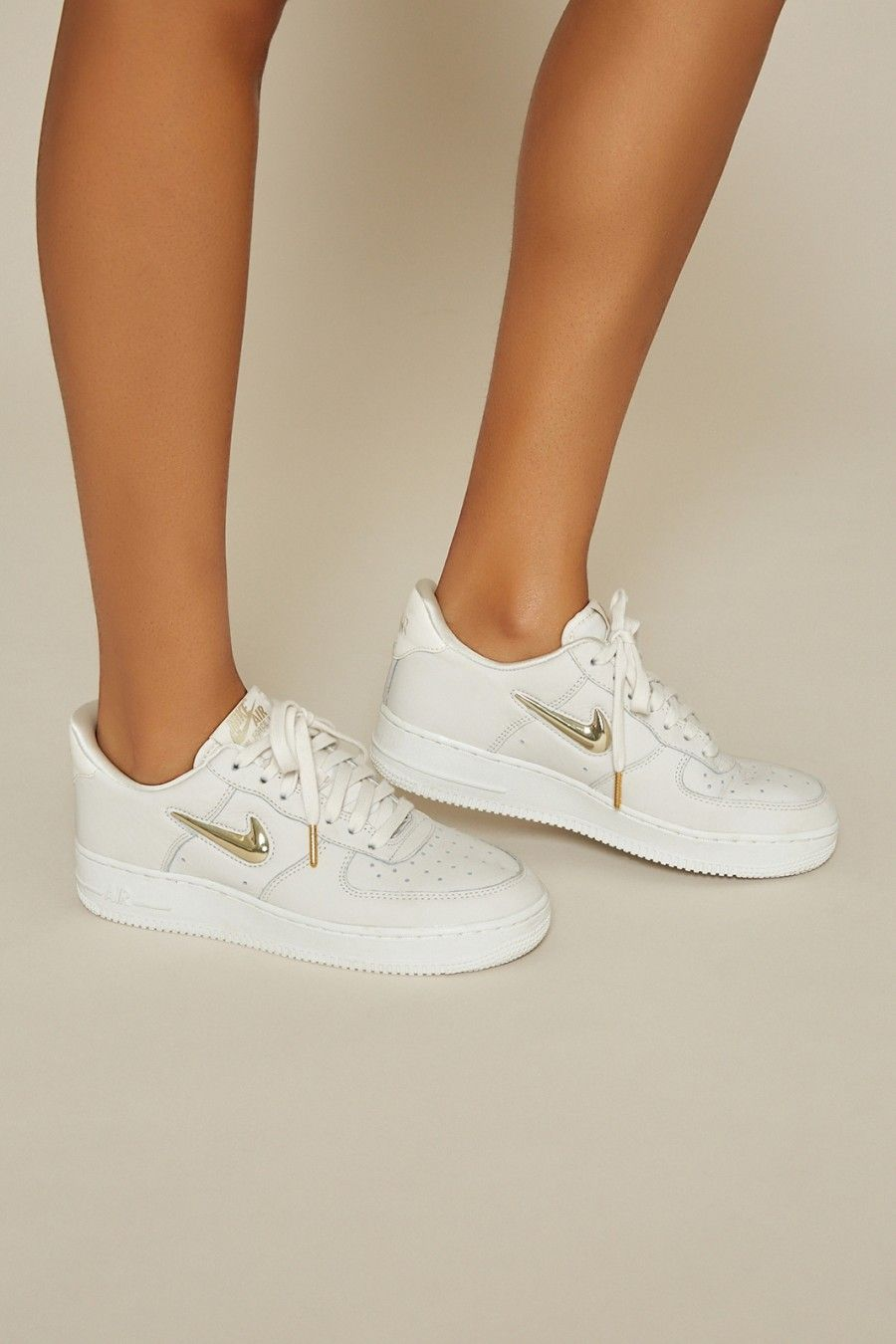 new product 6d29d 7804e Nike in 2019 | shoes | Air force women, Air force 1, White air force ...