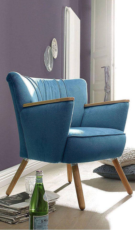 Stylischer Stuhlsessel, mit Holzapplikationen im skandinavischen Stil