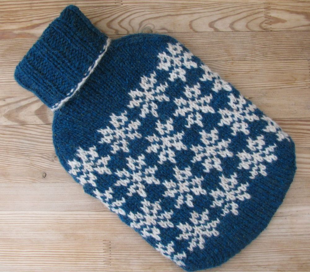 The Woolly Brew: all you need are snowflakes, Knitted using ...