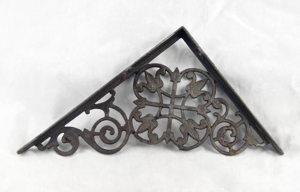 Original ornate cast iron Victorian shelf brackets
