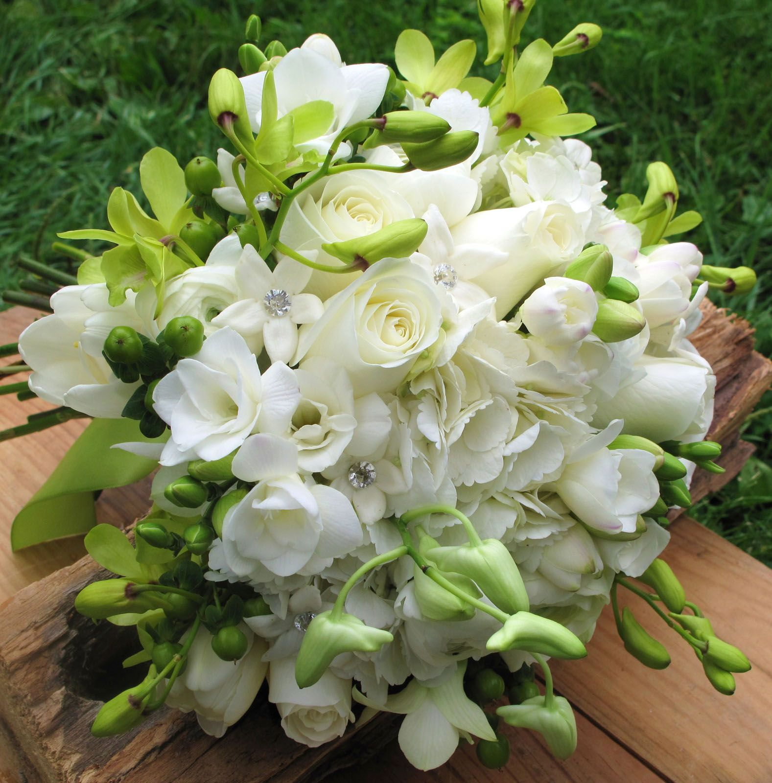 Vermont Wedding Flowers: White Roses And Green Orchids With Stephanotis For A