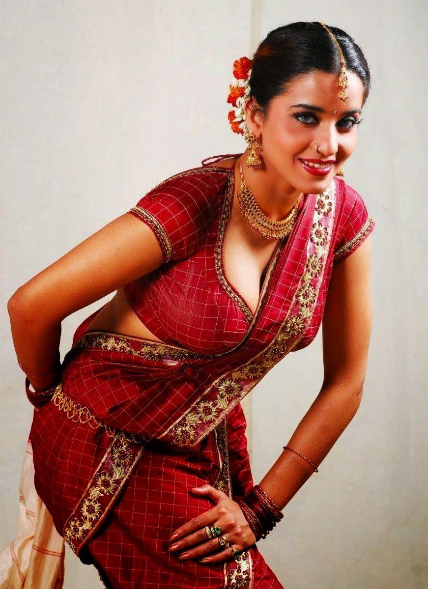 Actress Hot Photos, Bollywood, MonaLisa, MonaLisa hot