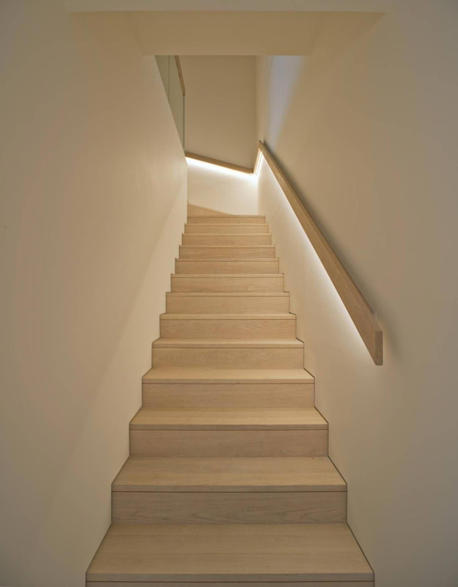 Awe Inspiring Grand Staircase Go Look At Our Site For More Plans Grandstaircase Handlauf Treppe Treppenhandlauf Treppe Holz