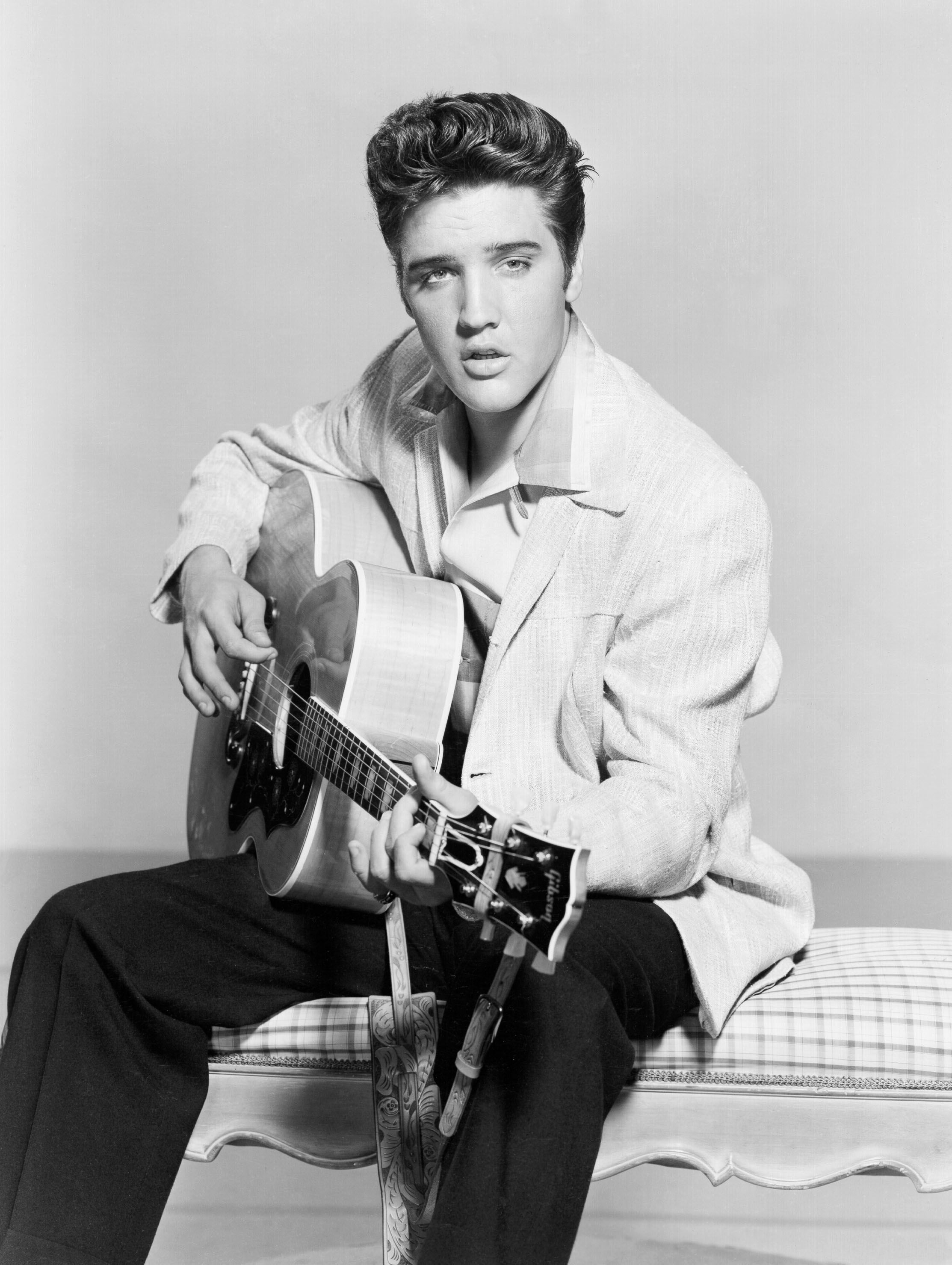 Details of Elvis Presley s Intimate Relationships Revealed in New Book