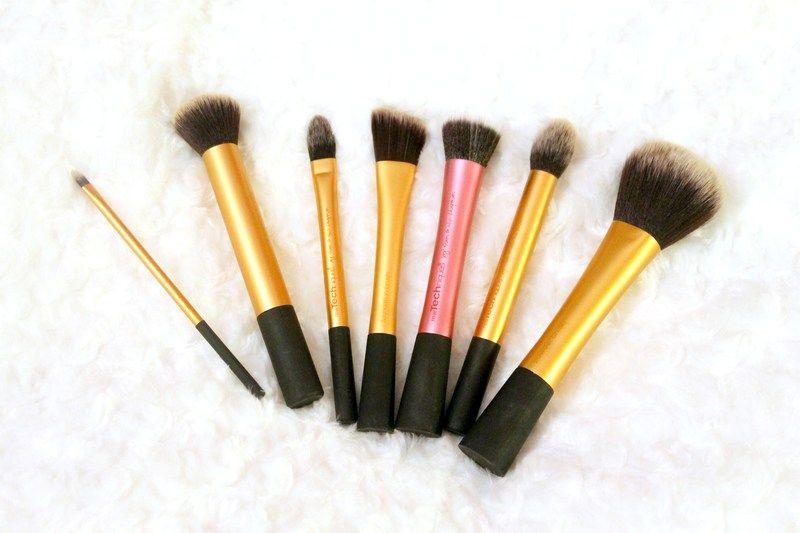 Real Techniques makeup brushes http://amandanygren.devote.se