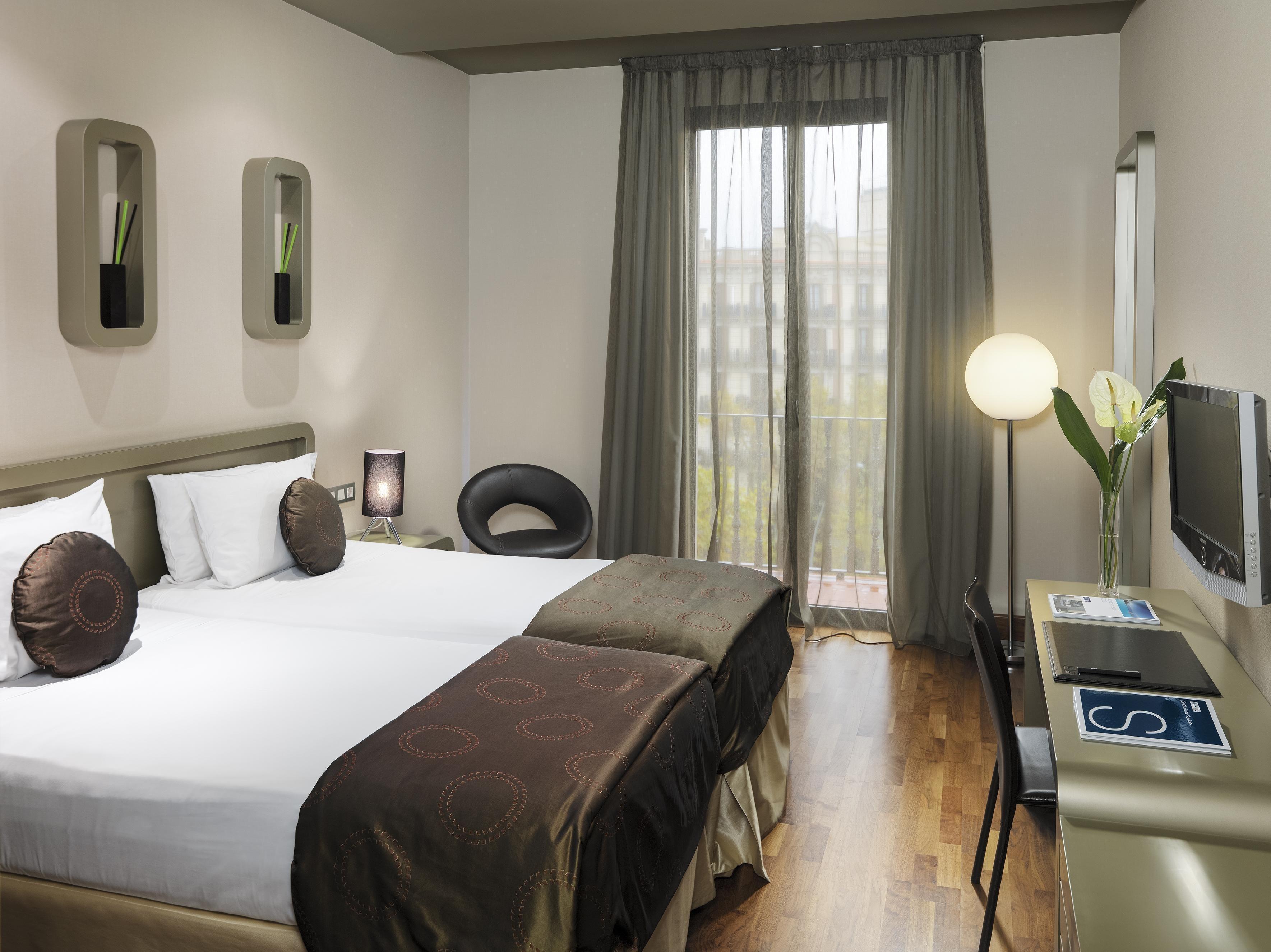 H10 Casanova Hotel Barcelona Spain Barcelona Hotels Bedroom Design