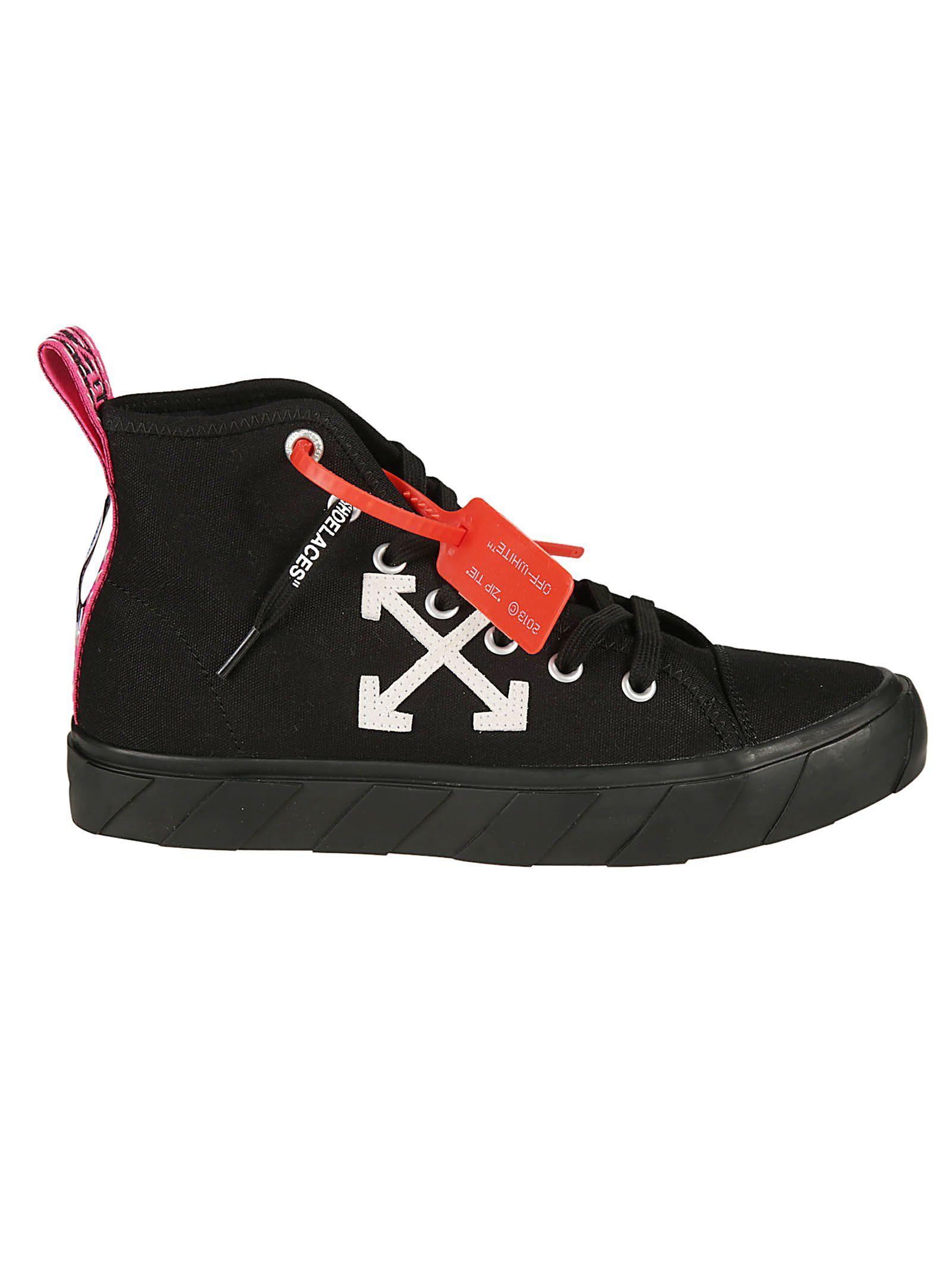 Sneakers, Sneakers black, Neon pink heels
