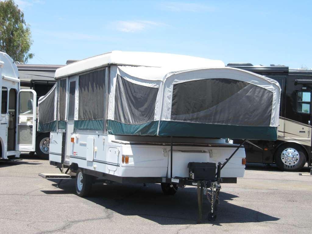 Coleman Camping Trailers 2002 Niagra Elite Pop Up Tent Trailer