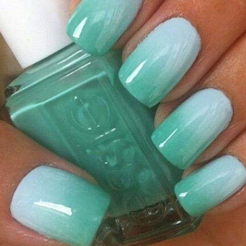 Unghie verde acqua la nail art dell\u0027estate