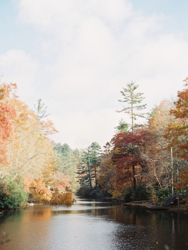 Take in all the pretty fall foliage while it's still on the trees! http://www.stylemepretty.com/living/2015/09/23/our-fall-bucket-list/