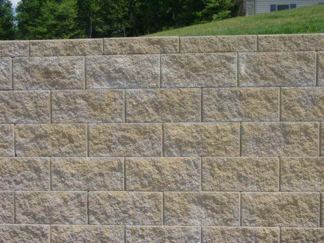 Split Face Concrete Block Google Search Concrete Block Walls Landscaping Retaining Walls Building A Retaining Wall