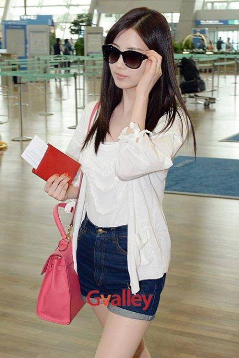 SNSD Seohyun | Snsd fashion, Snsd airport fashion, Fashion