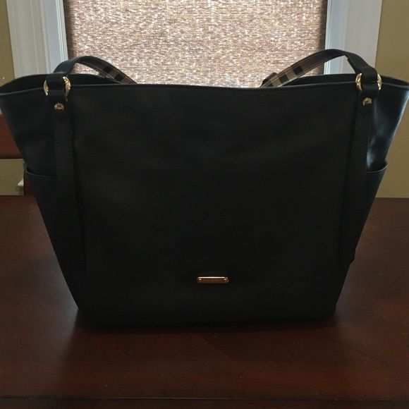Brand new Burberry tote Burberry leather tote Burberry Bags Totes