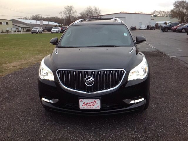A Great Vehicle And A Great Value Comfort And Convenience Were Prioritized Within Evidenced By Amenities Such As A Power Rear Ca Buick Enclave Buick Elkhart