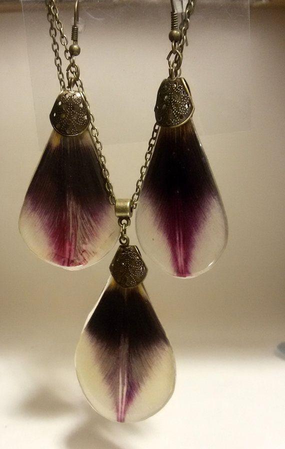 Tulip Jewelry Set Earrings pendant resin Set by BotanicaJewelryBg