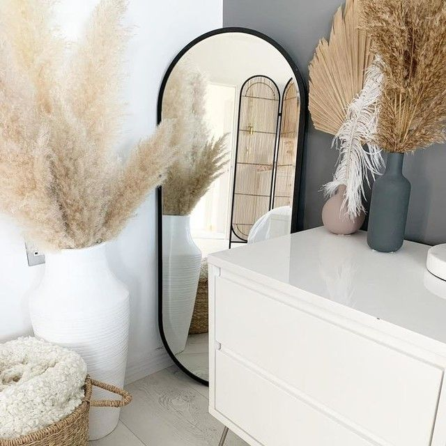 —@housenumber10 - I had a jam packed weekend with my little mans second birthday! He was soooo excited opening his presents i videod it all! I hope this week is a good one for you all! . #interiordesign #pampasgrass #bohobedroom #sahstylists #basket #neutralstyle #neutraldecor #actualinstagramhomes #bohome #rattanfurniture #rattanlovers #pampasgrassdecor #ovalmirror #mrshinch #mrshinchhome #greywalls #whitewalls #pocketofmyhome #housebeautiful #bedsidetable #bedsidestyling