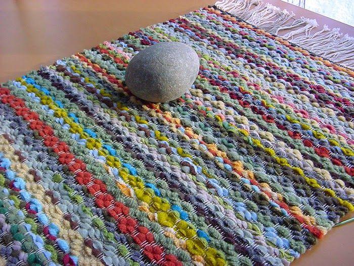 8e939d146 Eu Amo Artesanato  Como fazer um tear de papelão e tapete