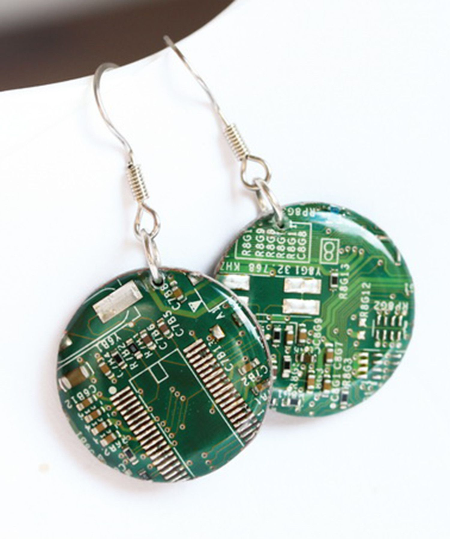 Circuit board earrings are an unusual accessory for a unique one. They emphasize your different taste and geeky style! You will definitely impress everyone around you wearing such earrings. If you wan