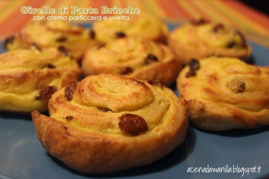 Girelle di pasta brioche con crema pasticcera e uvetta