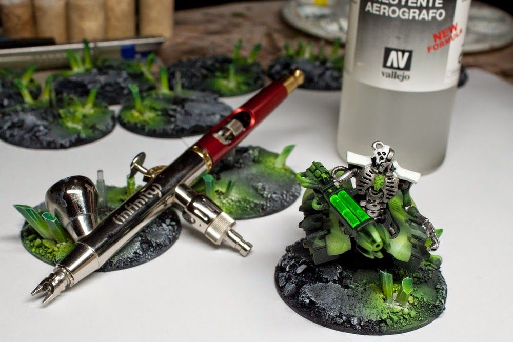 Paint-Forge: How to: Necron bases with crystals