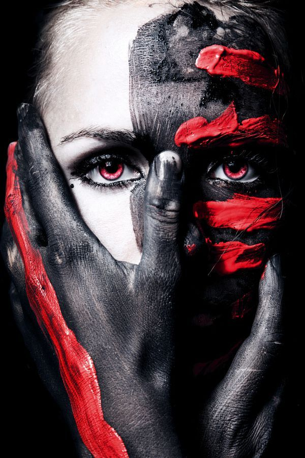 40 Crazy And Fun Face Painting Portraits Photography In 2020 Body Art Photography Portrait Painting Paint Photography