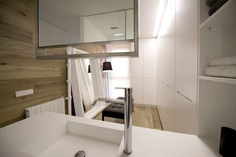 solid surface material hi macs appartement, hi-macs doble dueto apartment by cuartopensante | apartament, Design ideen