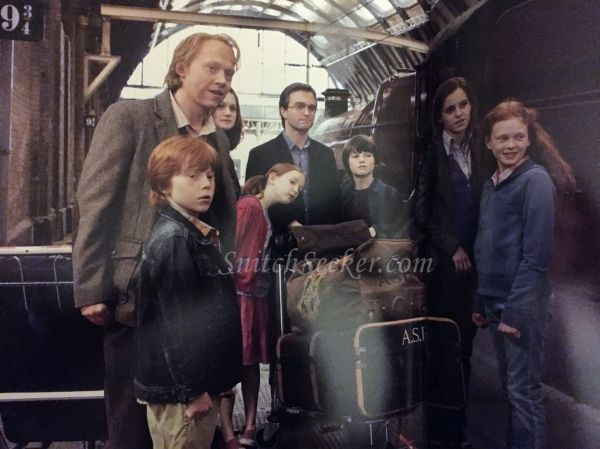 Photos Harry Potter The Character Vault Reveals New Neville Peeves Epilogue Look Harry Potter Films Harry Potter Harry Potter New