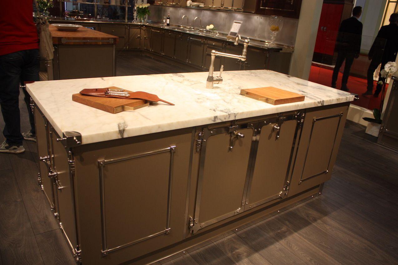 Marmor Arbeitsplatten Eine Klassische Wahl Fur Jede Kuche Arbeitsplatte Kuchen Marmor Arbeitsplatte
