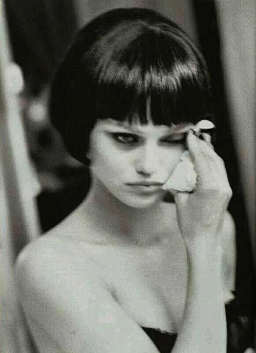 10 French Bob Haircuts Bob Hairstyles Short Hairstyles For Women Ellen Von Unwerth