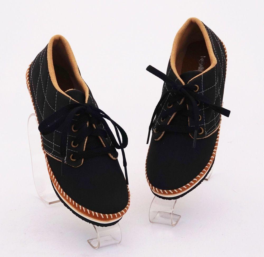 Sepatu Casual Keren Model Bertali Warna Hitam Bahan Kulit