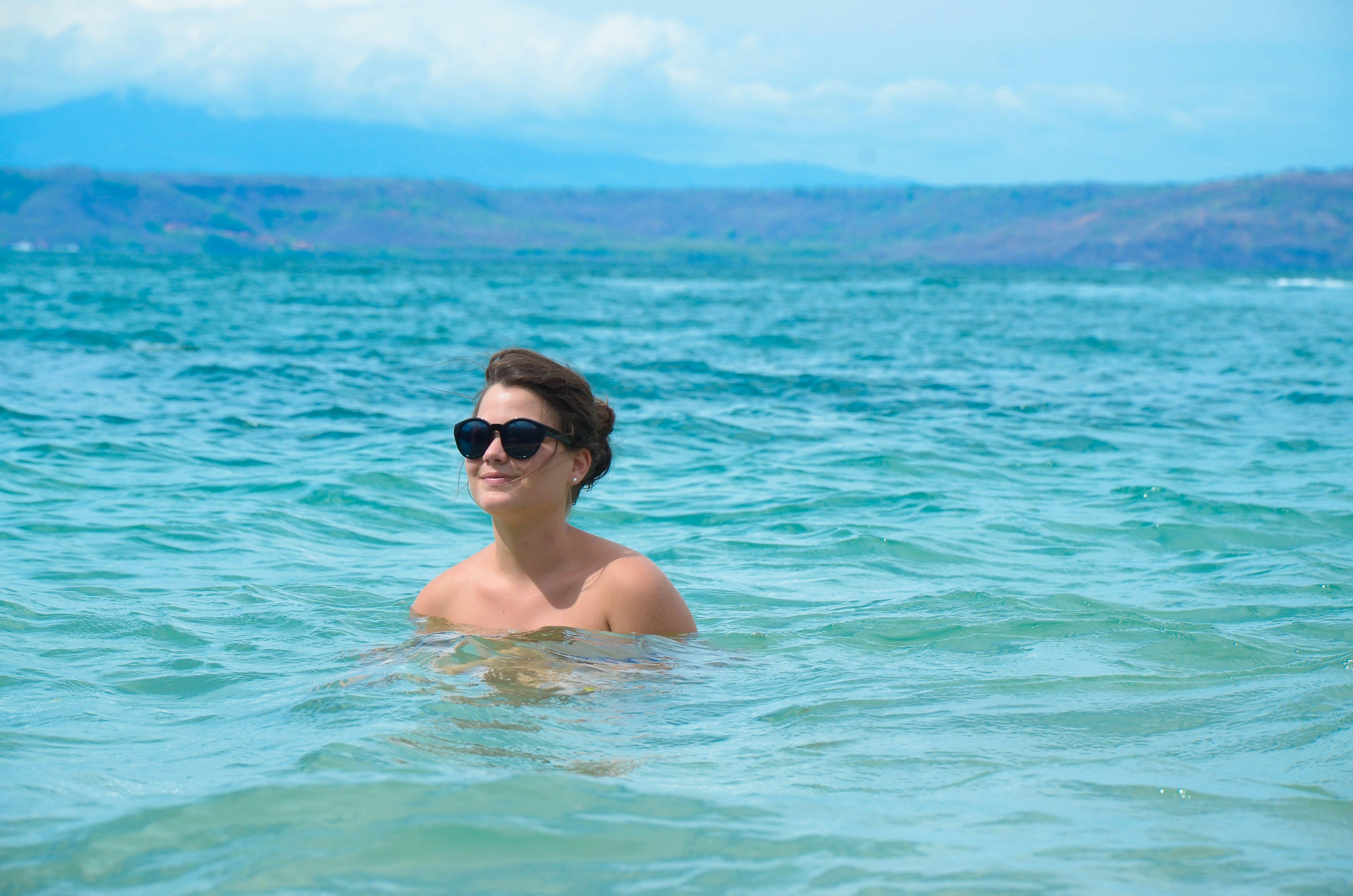 Disfrutando el mar de Hermosa, Guanacaste, Costa Rica.