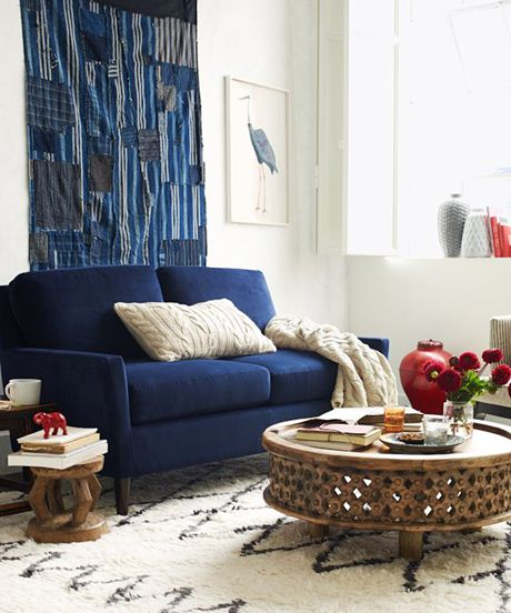 8 Ways To Make A Small Space Feel Huge Home Decor Love Seat Small Apartment Design