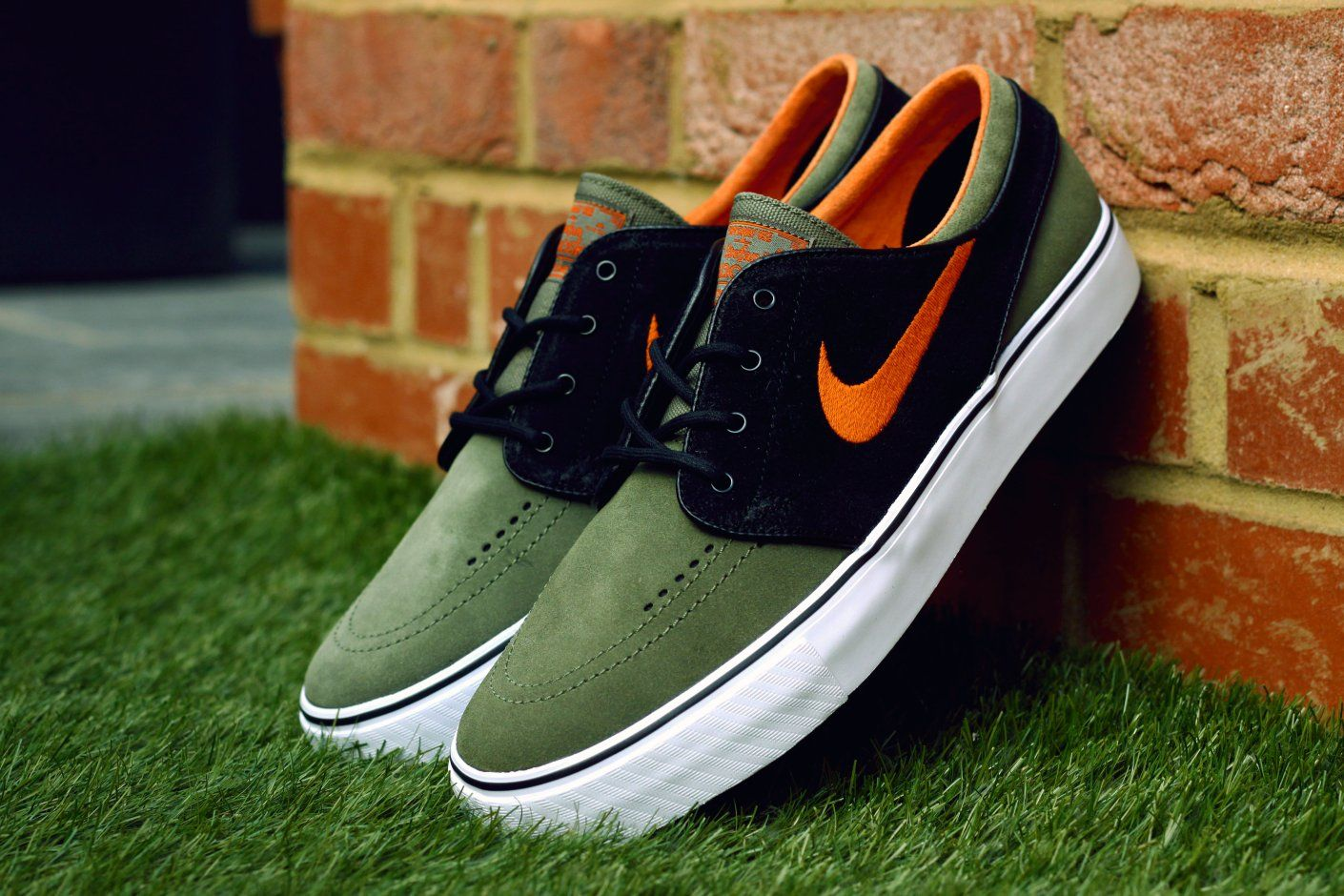 Image of Nike SB Zoom Stefan Janoski Medium Olive Urban Orange-Black 4c6af57bf