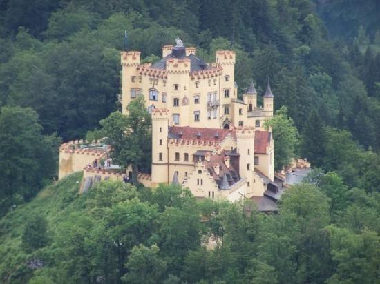 Schloss Hohenschwangau Beautiful Castles Germany Castles Castle