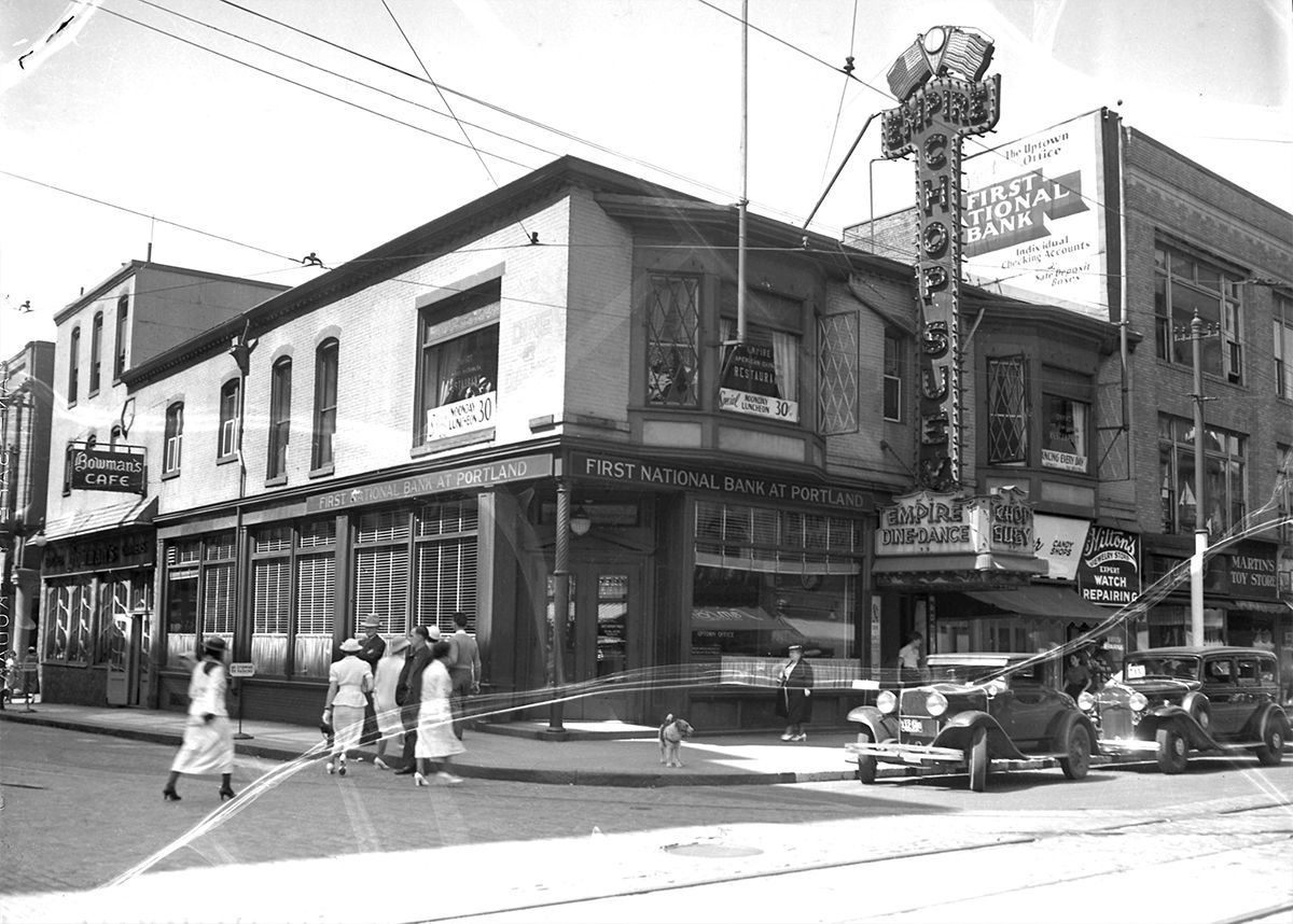 Flashback The Empire Restaurant In 1937 And 2015 The Portland Press Herald Maine Sunday Telegram Jacksonville Oregon Portland Downtown Portland