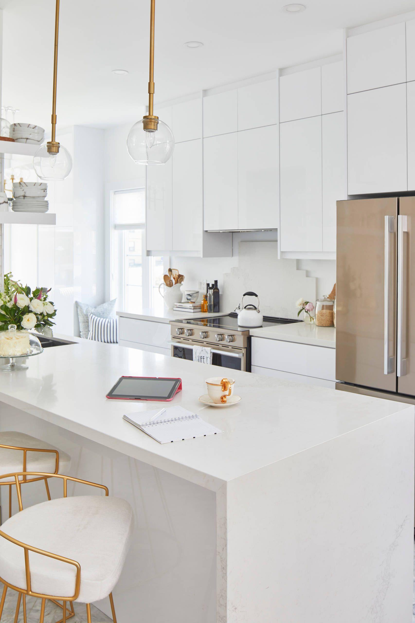 Contemporary Kitchen - Houzz | Kitchen island decor, Kitchen ...