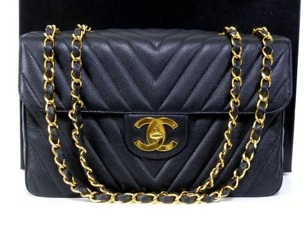 a37b4796fa50 CHANEL Caviar Skin Black V-line shoulder bag, bidding from 1 yen - via  Rinkya! Japan Auction & Shopping Service