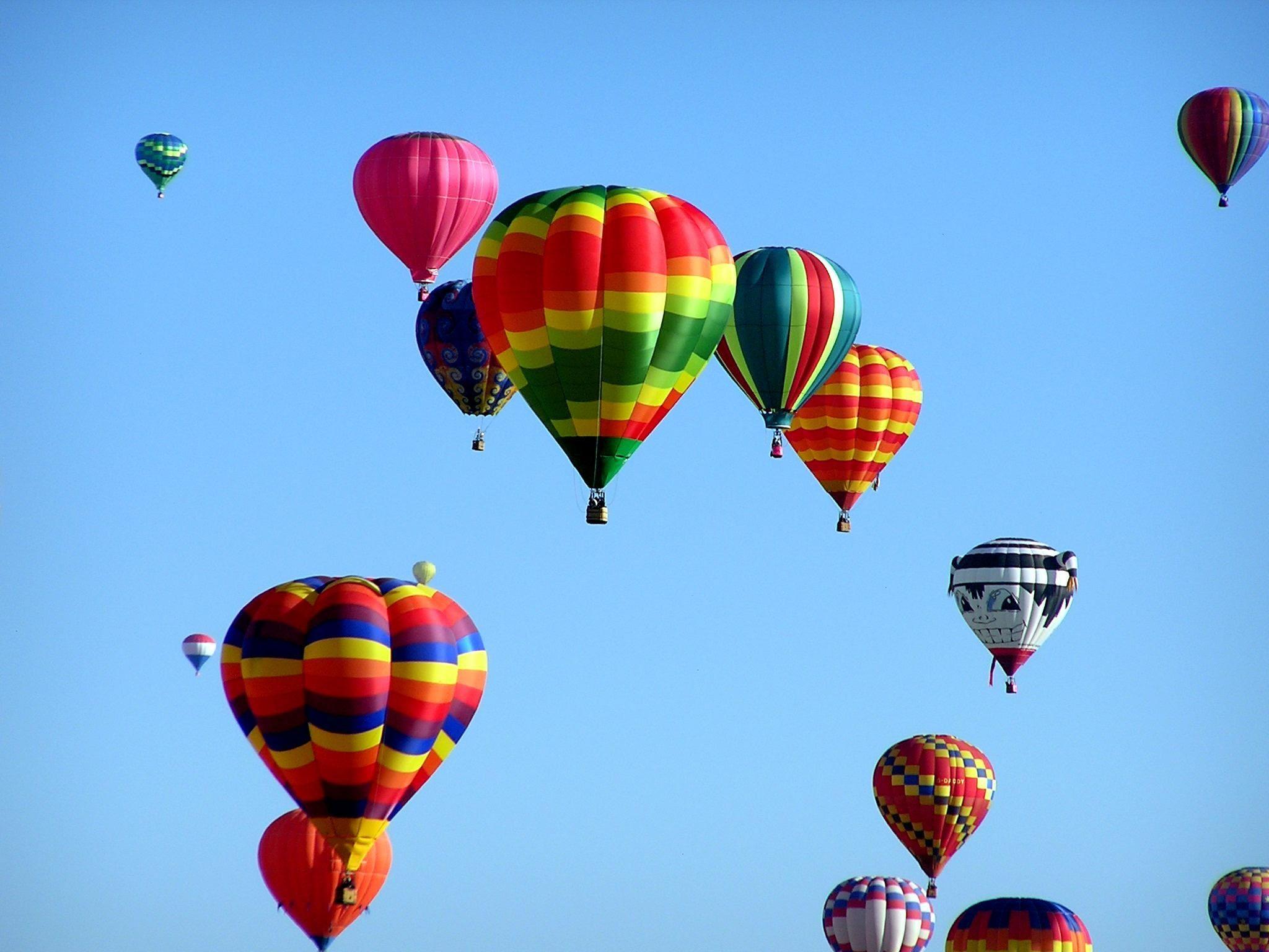 How to enjoy the Albuquerque Balloon Fiesta Air balloon