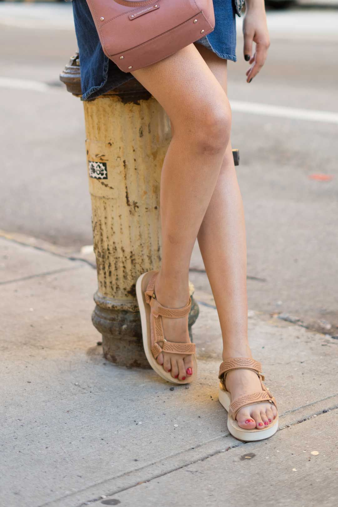 Teva sandals outfit